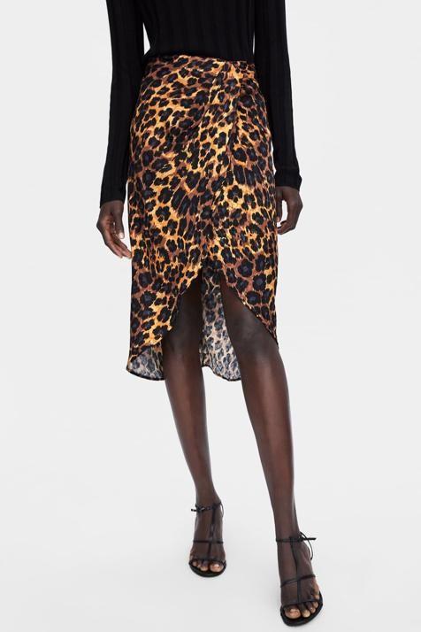 e8d517f24 Cómo se lleva la falda de leopardo más bonita de Zara?   Ropa ...