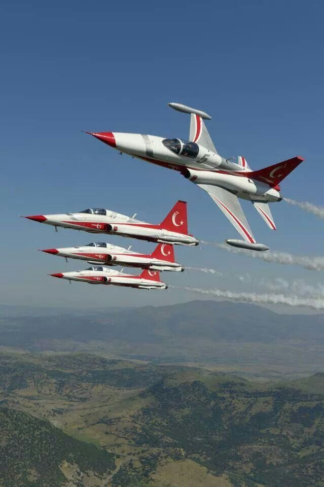 "Turkish Air Force ""Turkish Stars"" Northrop/Canadair NF-5A Freedom Fighters"