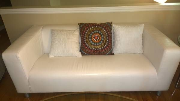 Ikea klippan leather loveseat craigslist crushes for Craigslist ikea furniture