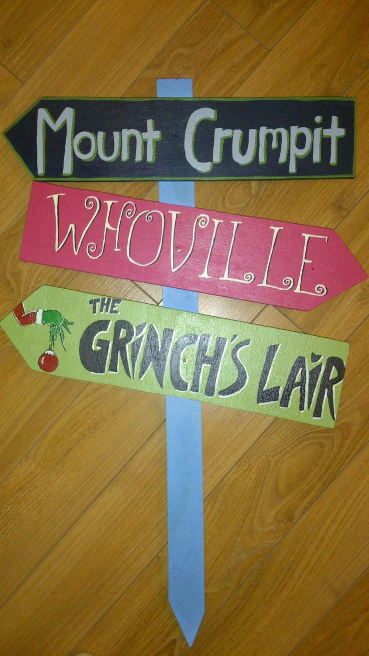 The Grinch Themed Yard Sign by SweetiePieSigns on Etsy