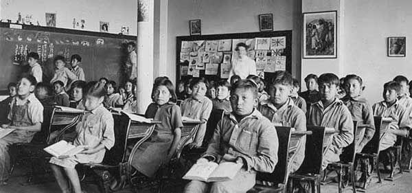 Revolución Mexicana: La Consolidación De Una Educación Laica