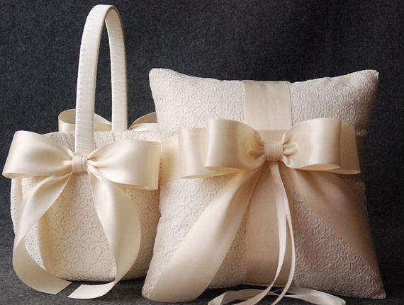 Anillo de bodas almohada y cesta de la muchacha de por YANDEBRIDAL, $100.00