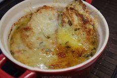 Die vielleicht beste #Zwiebelsuppe der Welt ;-)  nach einem Rezept von Jamie Oliver.
