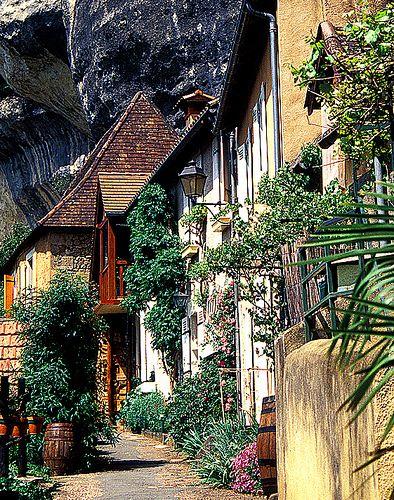 Les Eyzies de Tayac Village - Dordogne, France