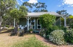 Freshwater creek cottages - farm stay near Torquay. Great holiday with kids