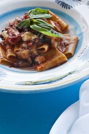 #paccheri, foto di Stefano Scatà. #Campania - www.BedAndBreakfastItalia.com - #CampaniaFood #ItalianFood #Food #Italy #Pasta