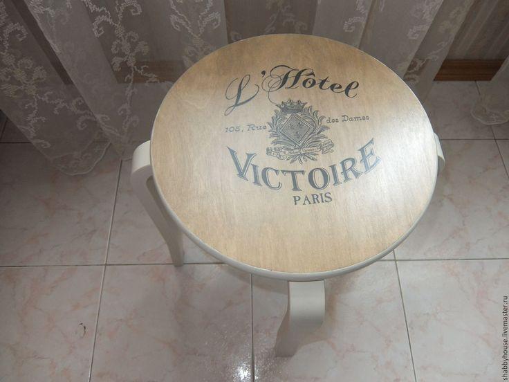 Купить Табурет столик декупаж Отель - табурет, столик, Декупаж, Мебель, подарок девушке