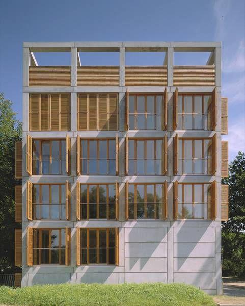 Sternstraße apartment and office building | Kassel, Germany | Reichel Architekten BDA | photo by Christian Richters
