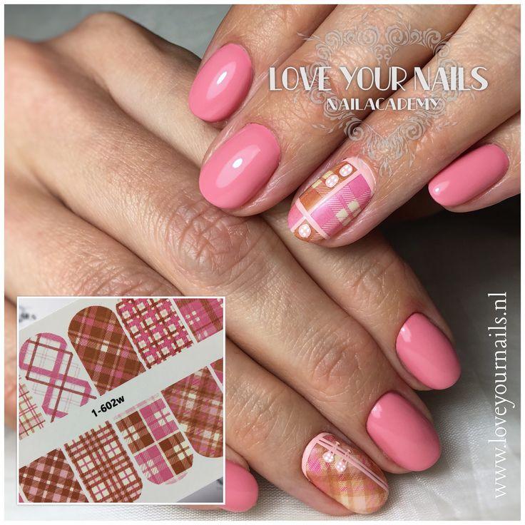 #manicure #nails #naildesign #gelnails #nailmagazine #gellac #instanails #nailart #zoetermeer #nagels  #gelnagels #nails2inspire #nagelstudio #nagelstylistezoetermeer #nailswag  #mooienagels #loveyournails #nailsalon #loveyournails_zoetermeer #beauty  #nagelopleiding #waterdecals #sliderdesign #nagelszoetermeer  www.loveyournails.nl Pink scottish plaid burberry