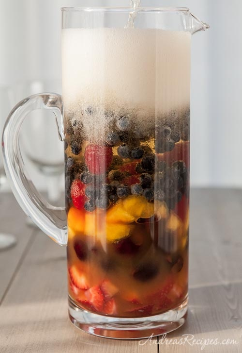 Fruity Sparkling Summer Sangria, adapted from Cooking Light: Sparkling Summer, Recipes Drinks, Summer Drinks, Drinks Sangrias, Summer Sangria, Fun Drinks, Sangria Recipes