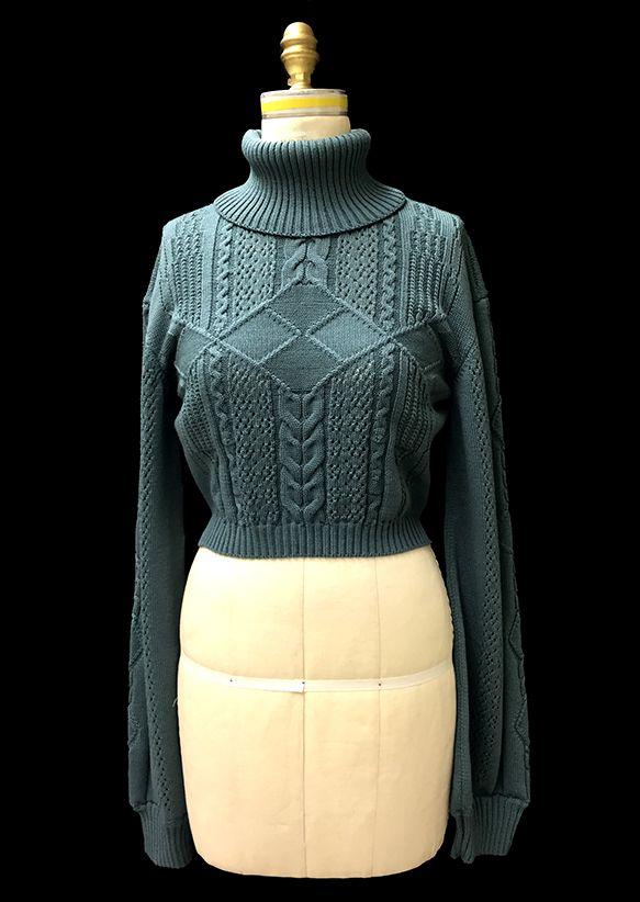 Designer: Lauren Ryan knitGrandeur®: FIT & Baruffa 2/30s Cashwool Collaboration: Term Garment Project, Part II