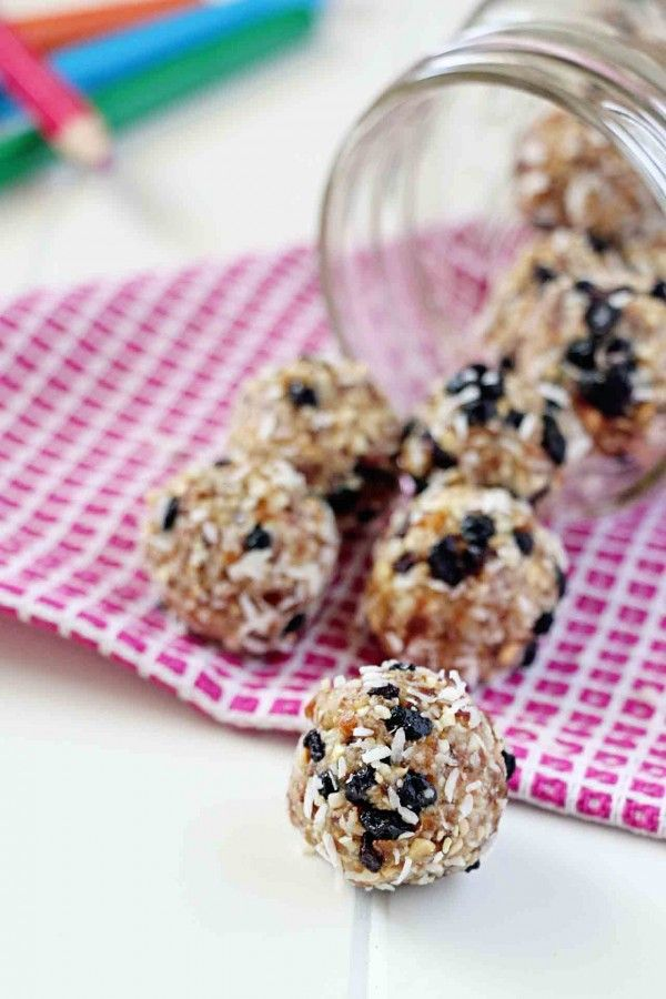 Cashew Coconut Blueberry Energy Bites