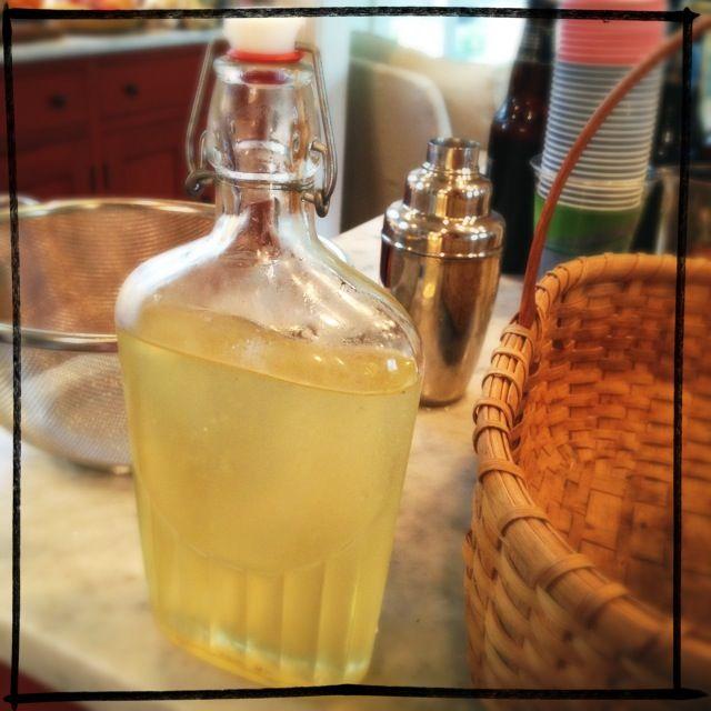 homemade St-Germain recipe - Elderflower cordial @ http ...