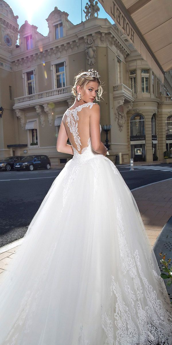 Alessandra Rinaudo Bridal Collection 2017 ❤ See more: http://www.weddingforward.com/alessandra-rinaudo-bridal-collection/ #weddings