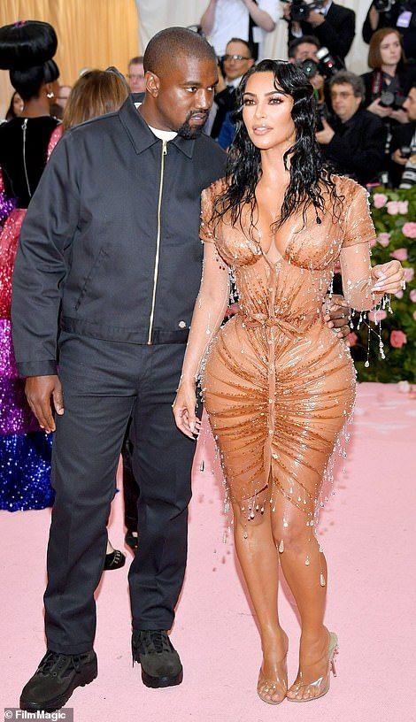 9b6341d63f Met Gala 2019: Stars arrive for the most outrageous red carpet yet   Kim ✨    Met gala, Kim kardashian, Red carpet