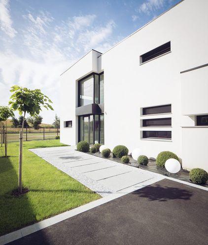 Contemporain Façade by Atelier Form - Architectes DESL