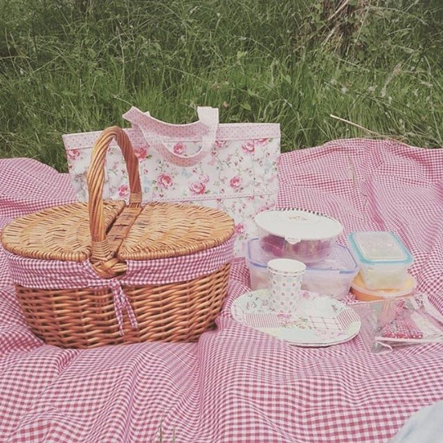 25+ Best Looking For Aesthetics Cottagecore Picnic ...