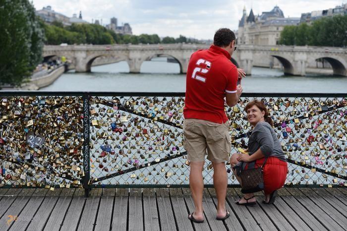 Мост Искусств – #Франция #Иль_де_Франс #Париж (#FR_J) Как же самый романтичный город на Земле может обойтись без моста влюблённых?!  ↳ http://ru.esosedi.org/FR/J/1000207771/most_iskusstv/