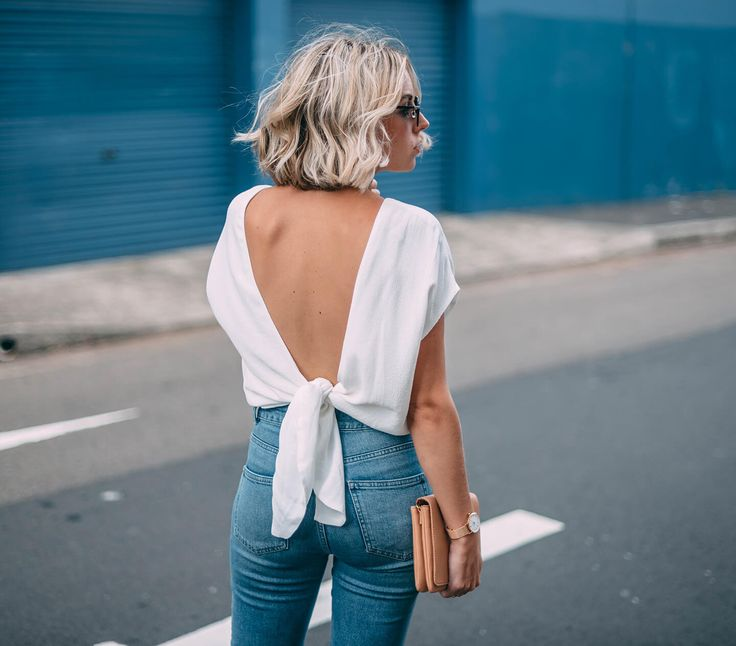 I always hear Justin Timberlake singing in my mind when I wear a 'sexy back' top! Had this for 2 years, but I recently rediscovered it. Love this top! What I'm wearing: MANGO top ASOSjeans MISSGUIDEDshoes