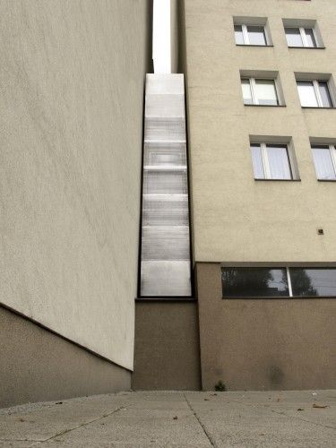The skinniest house in the world. Keret House - Jakub Szczesny