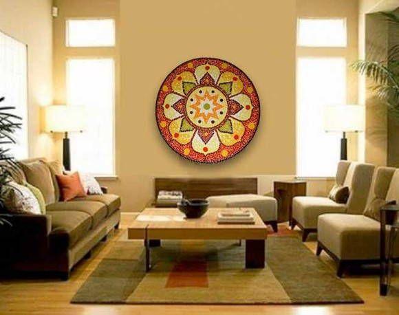 Mandala de chão ou tb. pode ser aplicada diretamente na parede como quadro.  Material: Azulejos e pastilhas de vidro.  Base: Tela ou Madeira  Na observação de sua compra, favor especificar, em que base deseja sua Mandala.