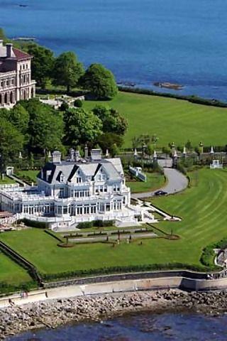 Newport, Rhode Island: one of my favorite retreat destinations in the warmer