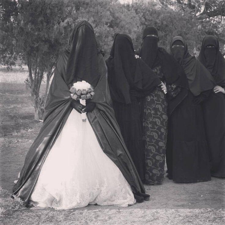 いいね!1,559件、コメント24件 ― Hureiraさん(@al_niqab)のInstagramアカウント: 「А КАКОЙ МУЖ ТЫ?♂️ По вашим жёнам можно узнать какие вы мужья ... в большинстве случаев.. Муж…」