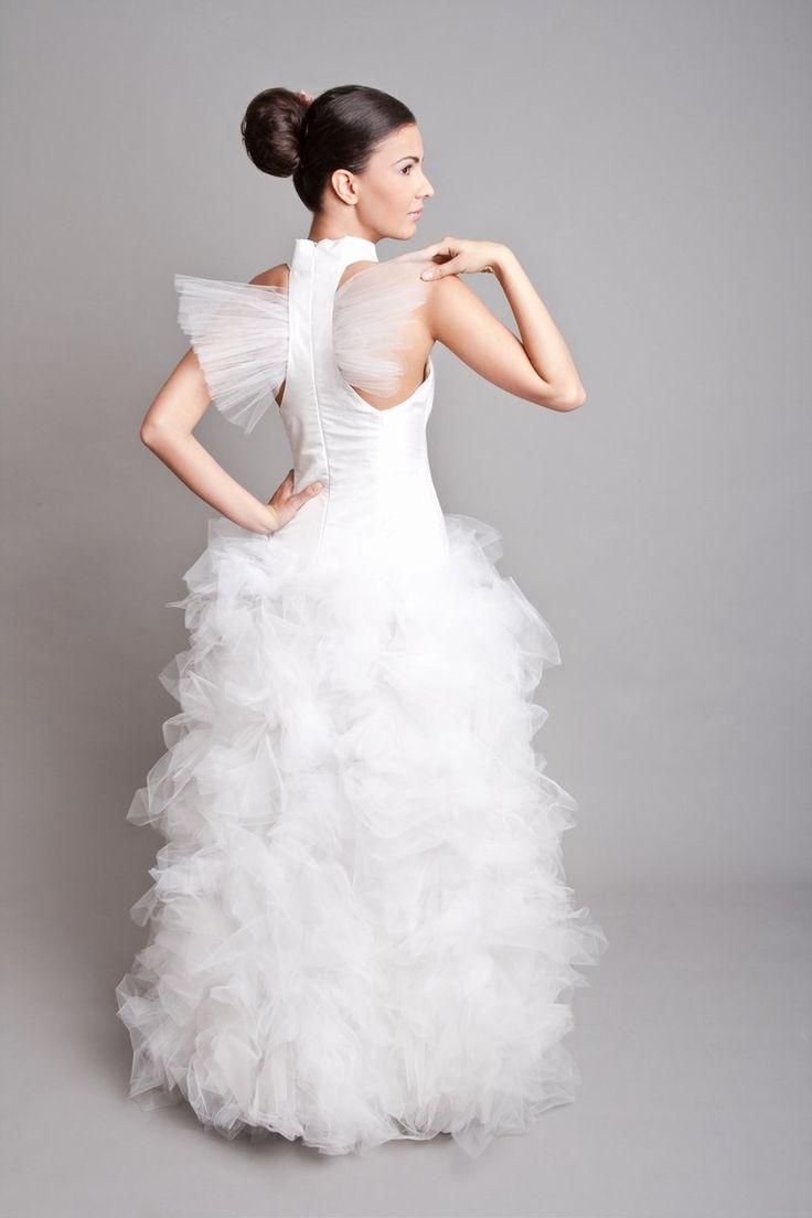 tüllös  menyasszonyi ruha, wedding dress.