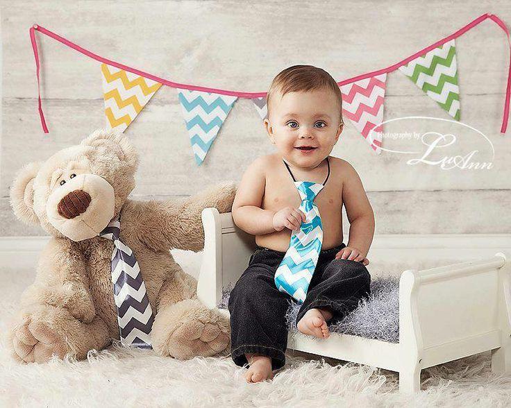 Crazy about Chevron pennant banner #fabricgarland #garland #banner #bunting #newbornphotography #babyphotography #childphotography #babyprops #photoprop #photoprops #newbornprops #cakesmash #firstbirthday #1stbirthday #birthdaybanner #partydecor #partyplanner #handmade #etsy #etsyshop #etsyseller #chevron #pennant