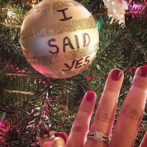 The 25+ best Cute engagement announcements ideas on Pinterest ...