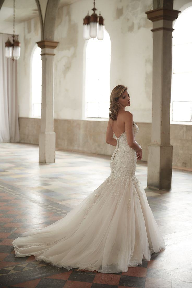 Allure Bridals: Style: 9275 | $1775.00 https://www.bestbridalprices.com/allure-wedding-dresses-style-9275-p138341
