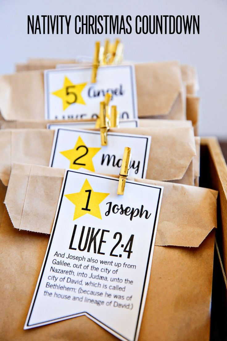 Nativity Christmas Countdown - bring the true meaning of Christmas into your home from www.thirtyhandmadedays.com