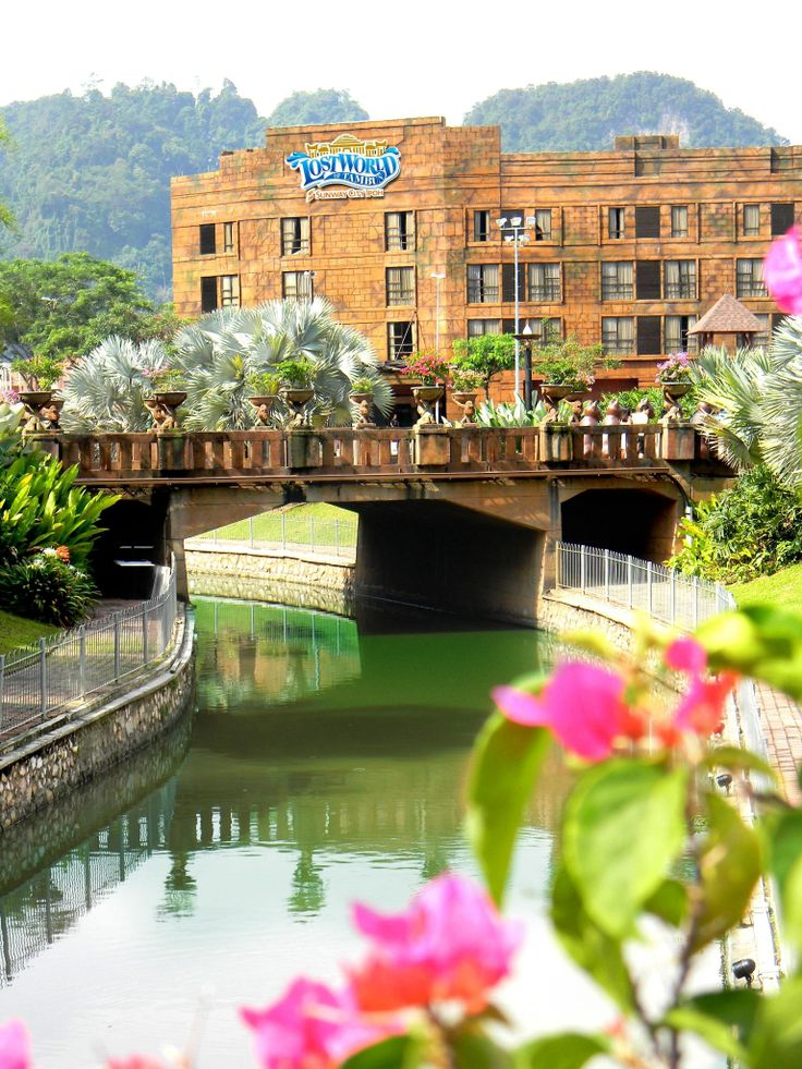 Sunway Lost world Hotel - Perak Malaysia Recreation: Hot Springs, Spa, Water Park, Amusement Park, Tiger Valley, Tin valley