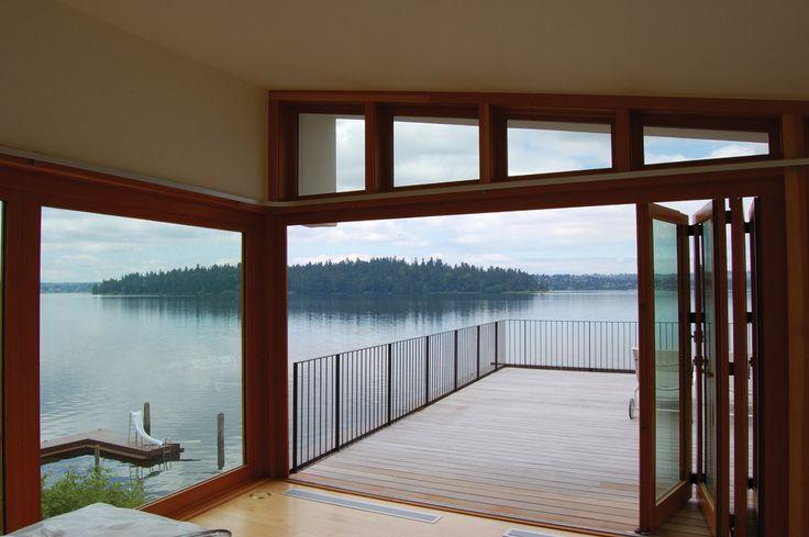 Lake House / Hutchison & Maul Architecture - folding doors