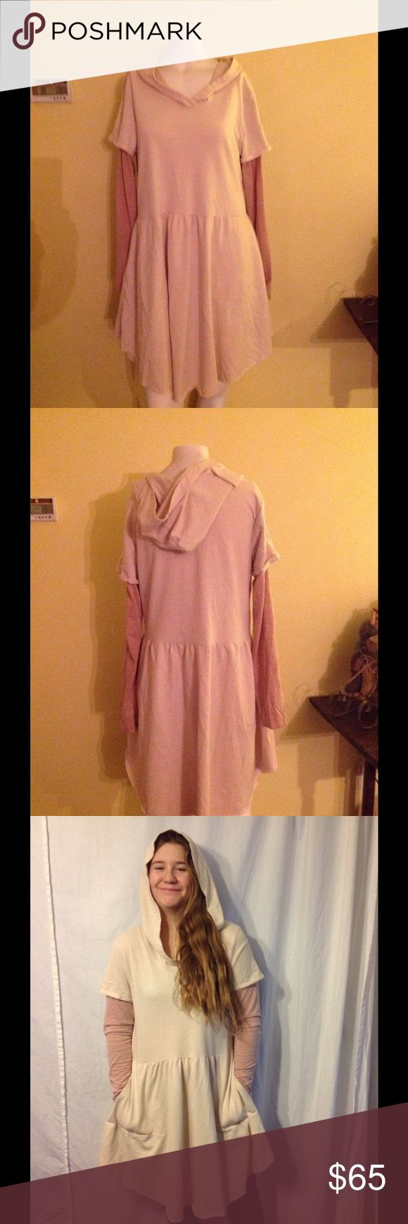 We the Free People Hooded Tunic Dress L Cute FP dress. Color is similar to the model pic. Size Large. Great condition. Made of poly/cotton/rayon Free People Dresses