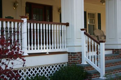 Mixing Up Colors And Styles On Vinyl Railing Can Give You