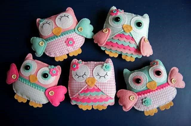 Handmade by JoHo - uiltjes van vilt en stof - Owl felt.