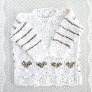 Free baby sweater pattern