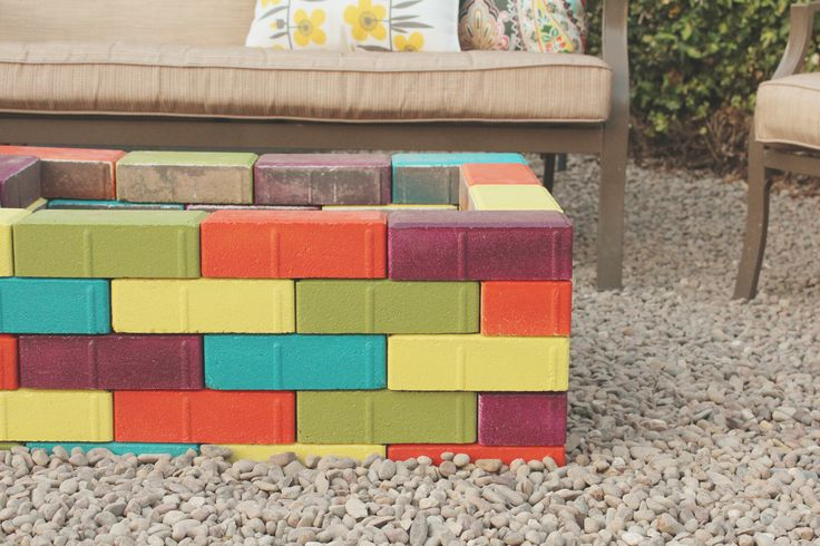 Amazing colorful fire pit by Just Make Stuff on www.eighteen25.blogspot.com