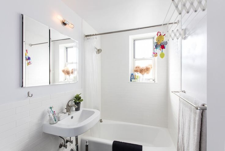 "Before & After: A New Look for a ""Sunburn-Striped"" Bathroom — Sweeten"