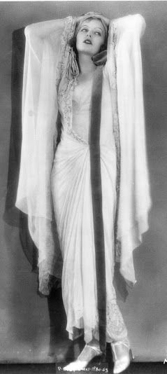 Greta Garbo as Elena in 'The Temptress', 1926. Costume design by Max Rée. MGM. S)