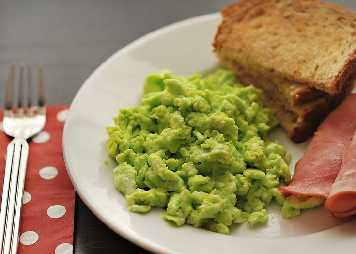 St. Patty's Day b'fast...green eggs & ham served with a glass of green milk.