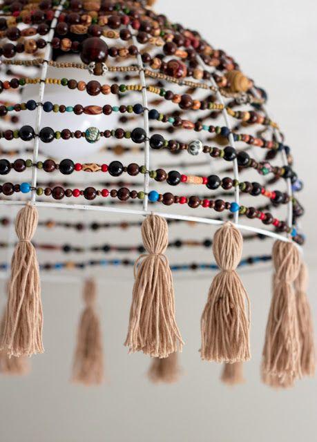 DIY | Boho Gypsy inspirierten Lampenschirm mit Holzperlen und Quasten selber machen