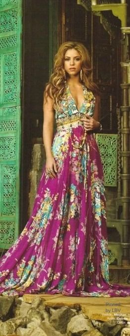 colors - I love this dress...I wonder if I could make something like this for my brother's wedding in May...