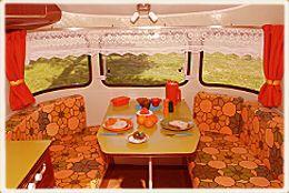 Caravan interieur jaren 70 pinterest caravan for Interieur 70 jaren