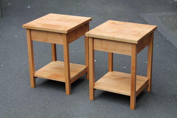 Nachttische aus Kirschbaum #bedsidetable #bedsidelocker #bedside #cherry #furniture #custommade Möbelkunst seit 1995 | Prachtwerk®
