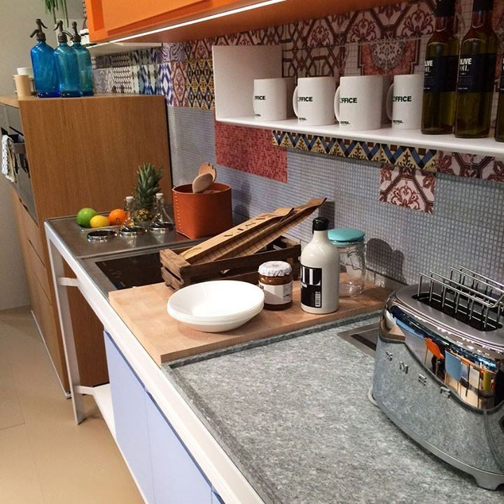 Tops get broken up into modules. Each servedifferent purposes and can be customized to fit the users needs - granite cutting boards, timber prep areas, induction zones, cooling zones, etc... — ESTEL Group stand #Eurocucina
