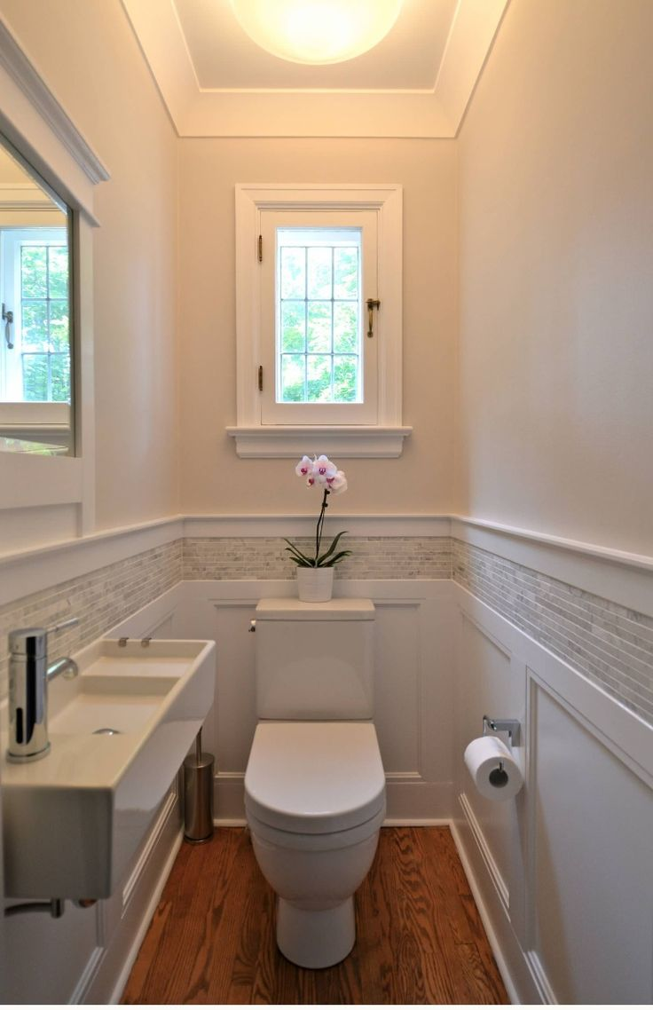 Small bathroom good wainscoting with tile detail for Toilet room decor