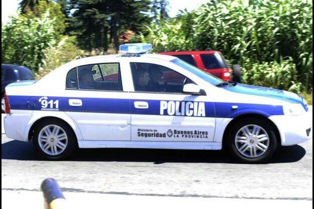 Chevrolet Astra . Policia de la Provincia de Buenos Aires.