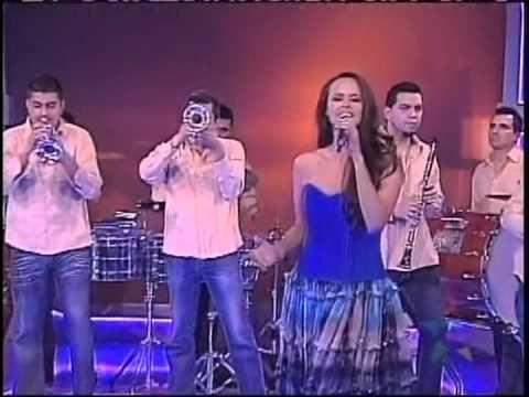"Shaila Dúrcal - Convenceme ""VIVA MEXICO: EL GRITO -Tierra Blanca Dance Company - YouTube"